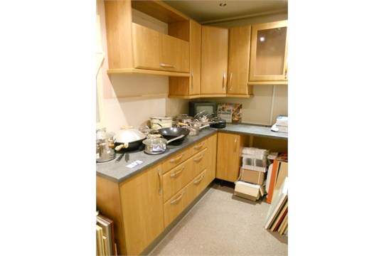 Mereway metro red alder fitted kitchen display used for Red fitted kitchen